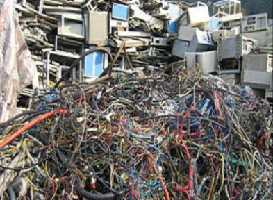 Elektronik çöpler buraya!