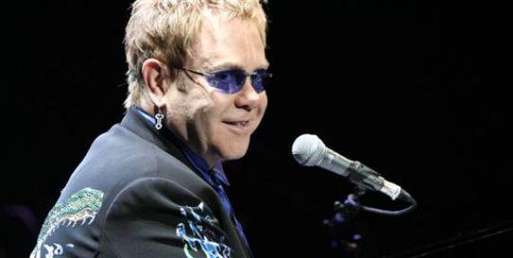 Elton John AIDS'i yazıyor