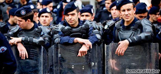 Emniyet-Sen'in kurucuları polislikten atıldı