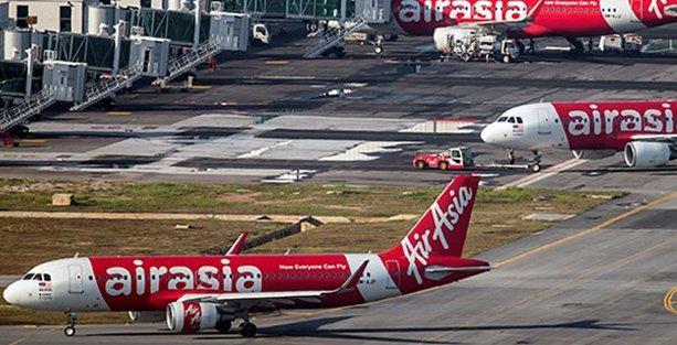 Endonezya'dan Singapur'a giden yolcu uçağı kayboldu!