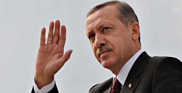 'Erdoğan cumhurbaşkanlığıyla iktidarı elinde tutmak istiyor'