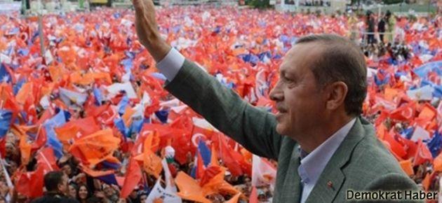 Erdoğan: İkinci bir bayrak isteyenler ihanet içindedir