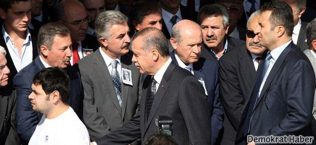 Erdoğan ile Bahçeli'nin korumaları birbirine girdi