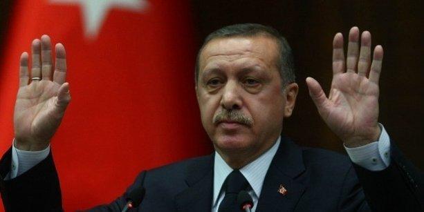 Erdoğan: İsteseler de istemeseler de Osmanlıca öğretilecek