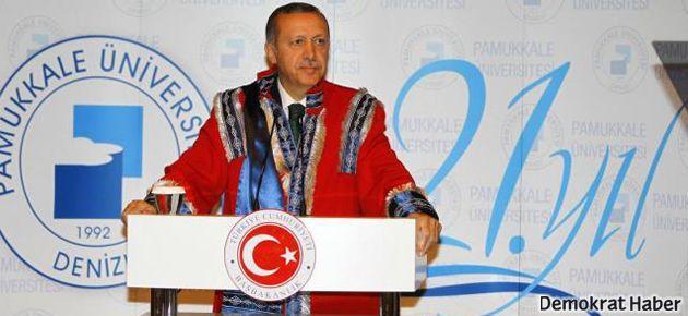 Erdoğan: Partimizden 3 kişi bize ihanet etti