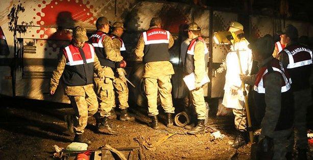 Erdoğan'ı korumakla görevli polisler kaza yaptı: 3 ölü 33 yaralı