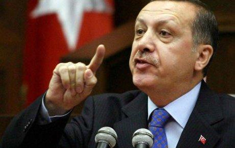 Erdoğan savunurken de incitiyor