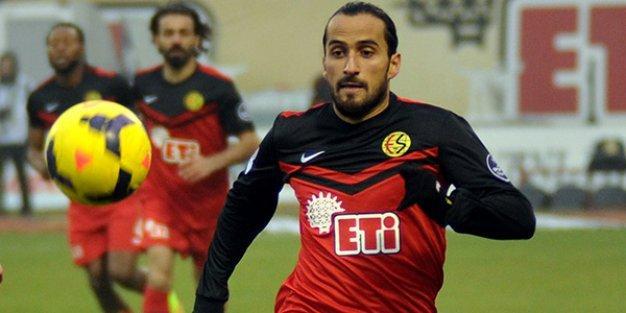 Eskişehirspor: Erkan Zengin için Trabzonspor'la el sıkıştık