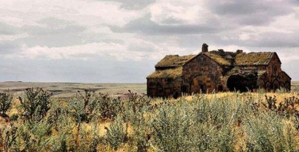 Ermeni kilisesi kentsel dönüşüme direniyor