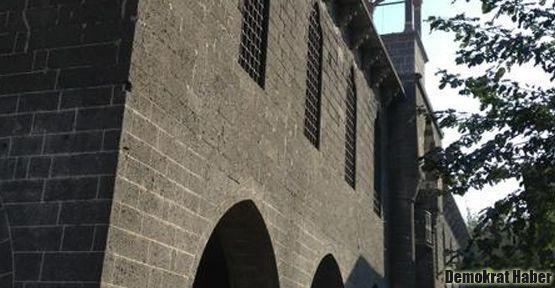 Ermeni Kilisesi'nde 97 yıldan sonra ilk çan sesi