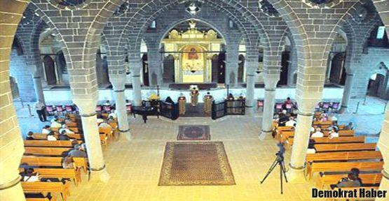 Ermeni kilisesinde 97 yıl sonra ilk konser