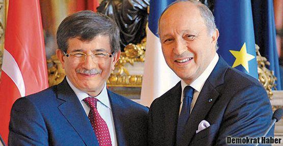 Ermeni toplumundan Fransa'ya 'Türkiye' kınaması