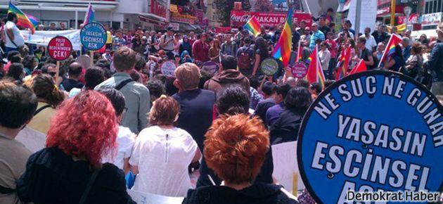Mahkeme: Eşcinsellere 'sapkın' demek suçtur