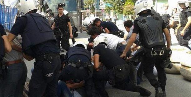 Esenyurt Belediyesi işçileri gözaltına alındı