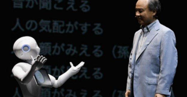 Ev işleri yapan robot Japonya'da satışa çıkıyor
