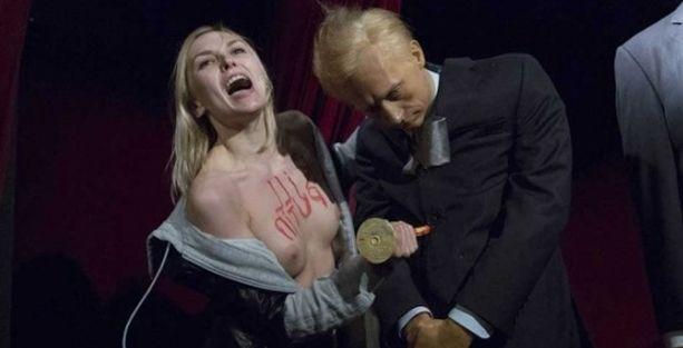 FEMEN, Putin'in heykelini devirdi