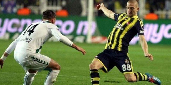 Fenerbahçe deplasmanda T. Konyaspor ile berabere kaldı