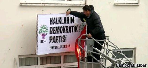 Fethiye'de HDP'ye saldırı