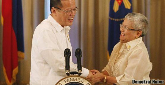 Filipinler'de 40 yıl sonra barış anlaşması