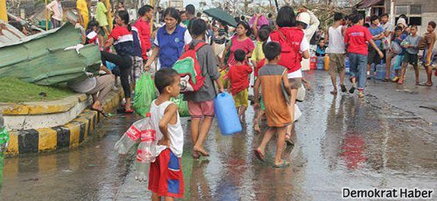 Filipinler'de ölü sayısı 5 bine ulaştı