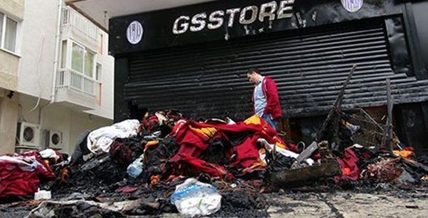 'Galatasaray çakmağıyla sigaramı bile yakmam'