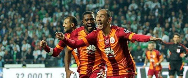 Galatasaray iki kez geriye düştüğü maçta Mersin İdman Yurdu'nu mağlup etti