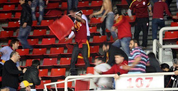 Galatasaray'a 2 maç ceza