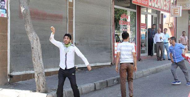 Gaziantep'te Suriyelilere bıçaklı-sopalı saldırı!