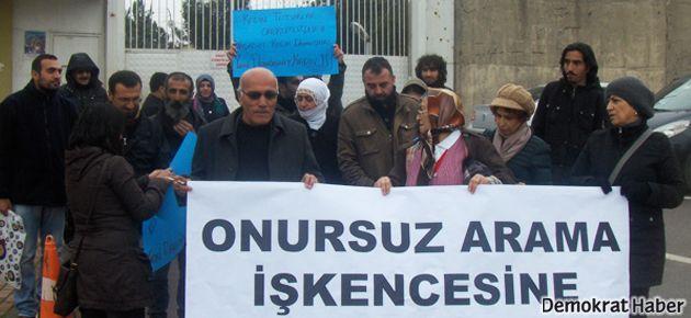 Gebze Cezaevi önünde 'onursuz arama' eylemi