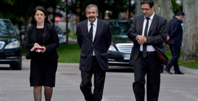 Genişletilmiş HDP heyeti İmralı'da