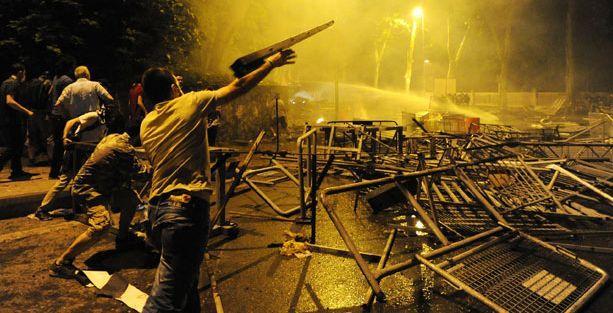 Gezi'nin yıldönümü Guardian'da