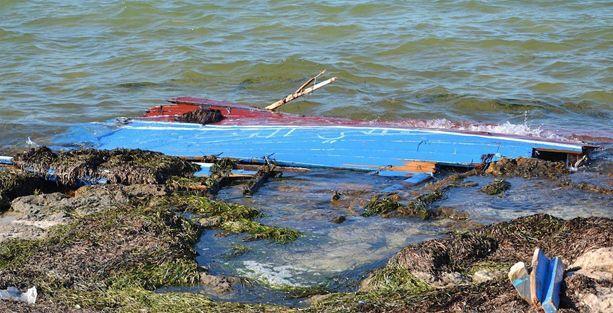 Göçmen teknesi battı: 224 kişi öldü