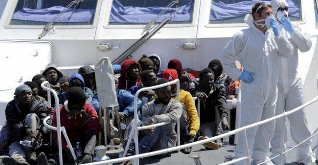 Göçmen teknesinde Hristiyan oldukları gerekçesiyle 12 kişi öldürüldü