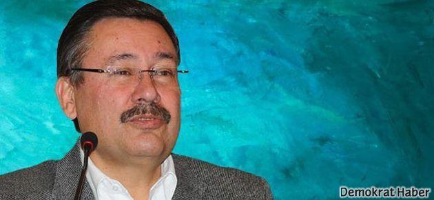 Gökçek'ten Ahmet Hakan'a: Yakalarsam öpeceğim