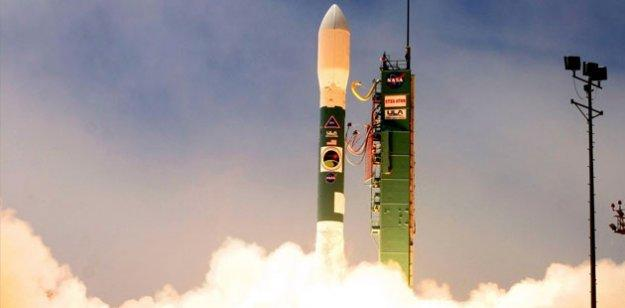 Güneş sistemi dışına yolculuğu sağlayacak süper hızlı uzay aracı geliştiriyor