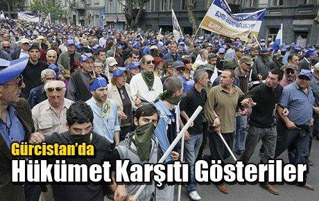 Gürcistan'da Hükümet Karşıtı Gösteriler