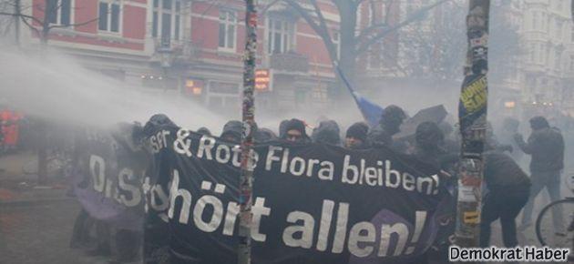 Hamburg aşırı solu tartışıyor