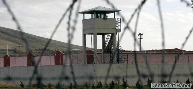 Hasta tutuklular için 'mail kampanyası'