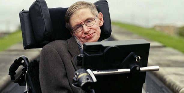 Hawking: Yapay zeka, yeryüzünde insan ırkının sonunu getirebilir
