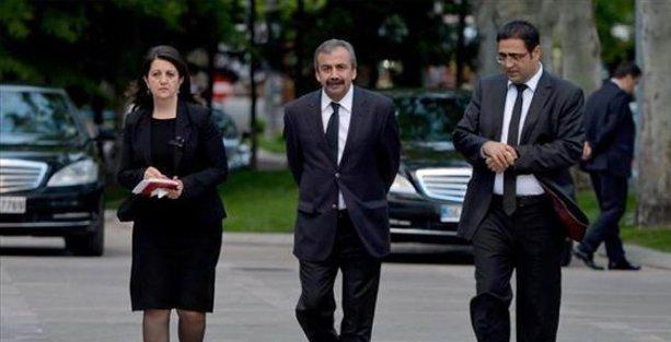HDP heyeti Akdoğan ile bir araya geldi