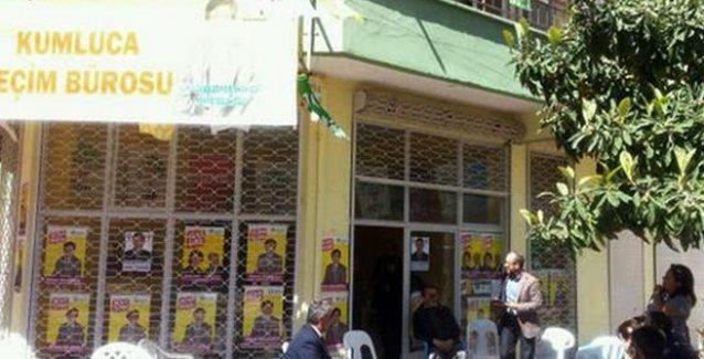 HDP'nin Antalya'daki seçim bürosu 50 kişilik grubun saldırısına uğradı!