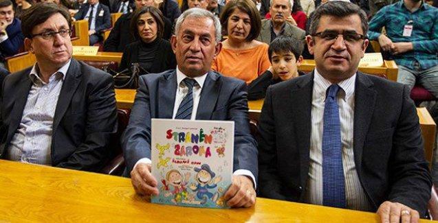 HDP'den Davutoğlu'na Kürtçe çocuk kitabı
