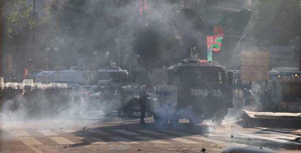 Her yerde eylem ve polis saldırısı var