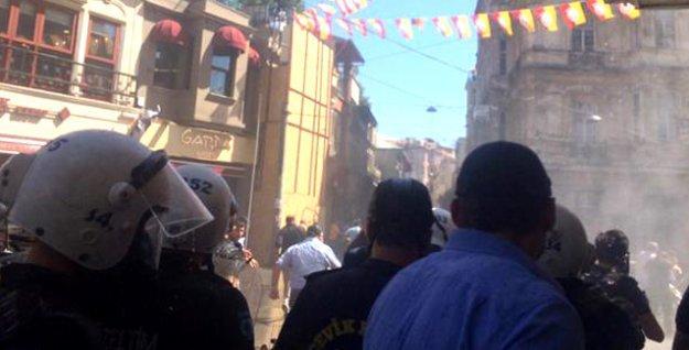 'Hilafet yürüyüşü'nde piyasada görünmeyen polis, BHH yürüyüşüne saldırdı