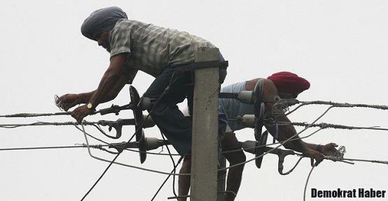 Hindistan'da 600 milyon kişi elektriksiz