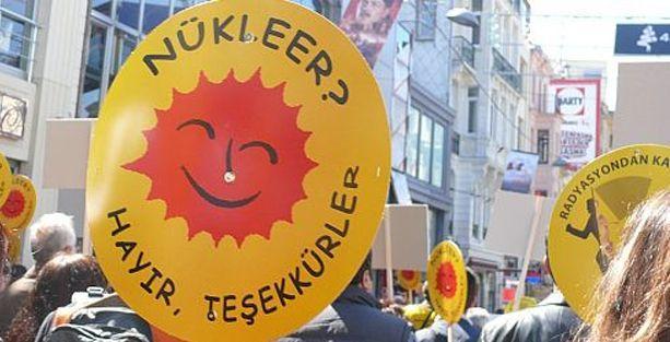 Hiroşima'nın yıl dönümünde Kadıköy'de yürüyüş