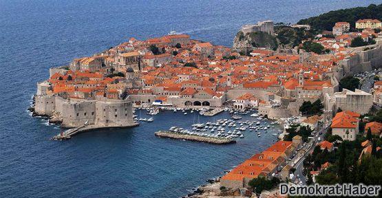 Hırvatistan vize anlaşmasını feshetti