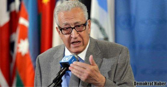 'Hükümet ve muhalefet Suriye'yi yıkıma götürüyor!'
