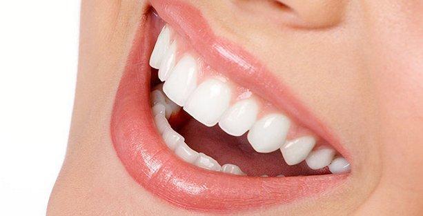 İmplant Tedavi Yöntemini Uygulayacak Olan Diş Hekimi Seçimlerine Dikkat!