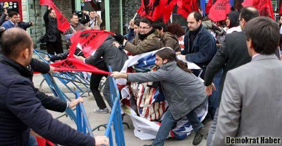 İncirlik'teki  Patriot protestosuna polis müdahalesi